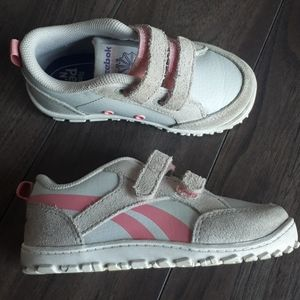 Reebox Girls Shoe - Size 6